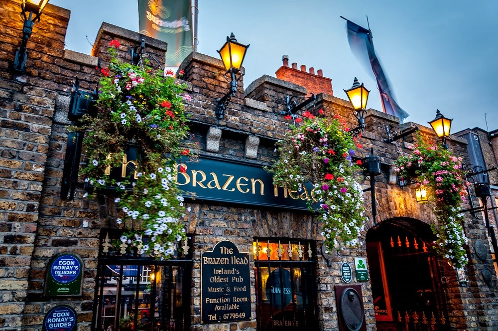 Brazen Head Pub - Oldest Pub in Dublin, Ireland