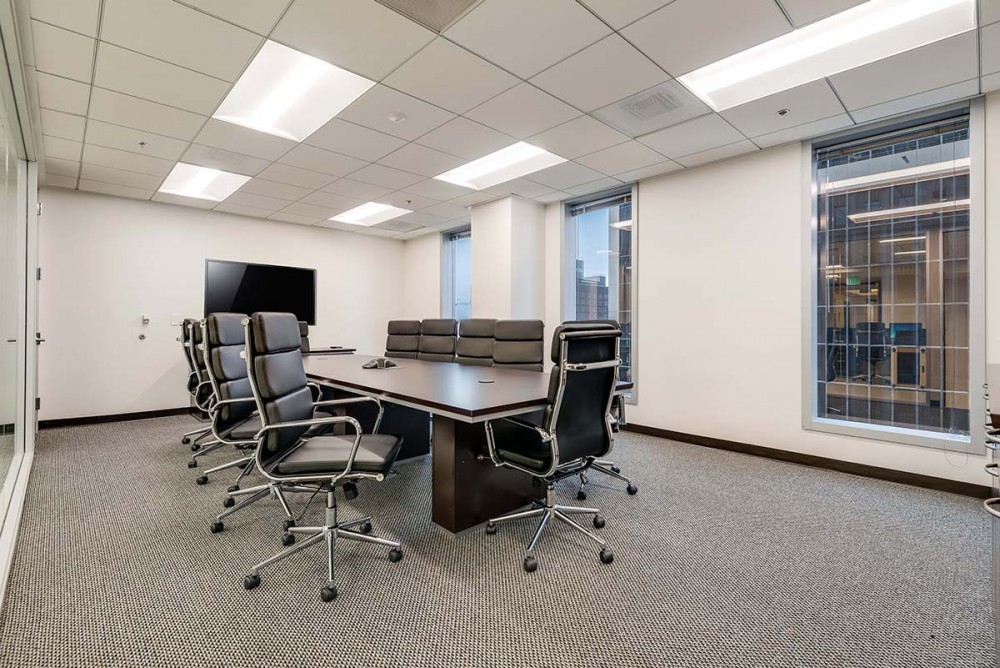 CloudVO City Guide Los Angeles Titan Offices Meeting Rooms on Wilshire Boulevard