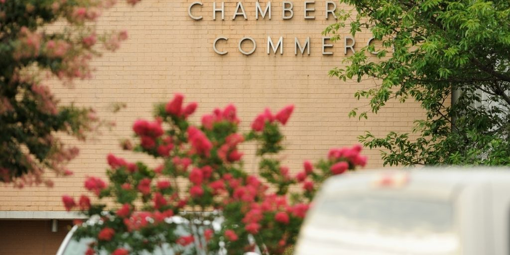 5 Reasons To Participate in Your Local Chamber of Commerce | CloudVO