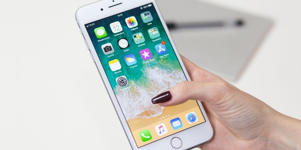5 iPhone Apps that Allow You to Communicate Effortlessly | CloudVO