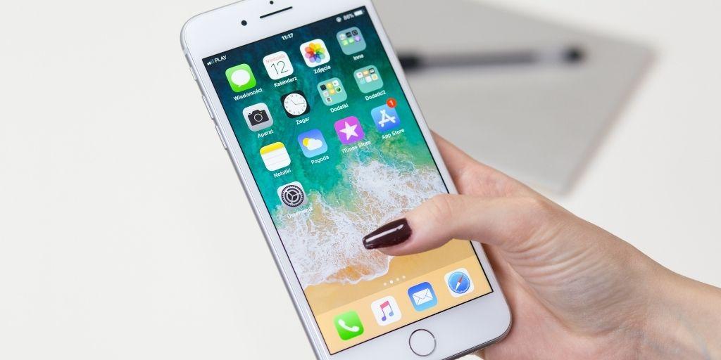 5 Free iPhone Apps for Managing Virtual Team Members