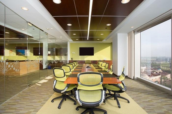 Carr Workplaces Irvine Spectrum Center Meeting Rooms | CloudVO