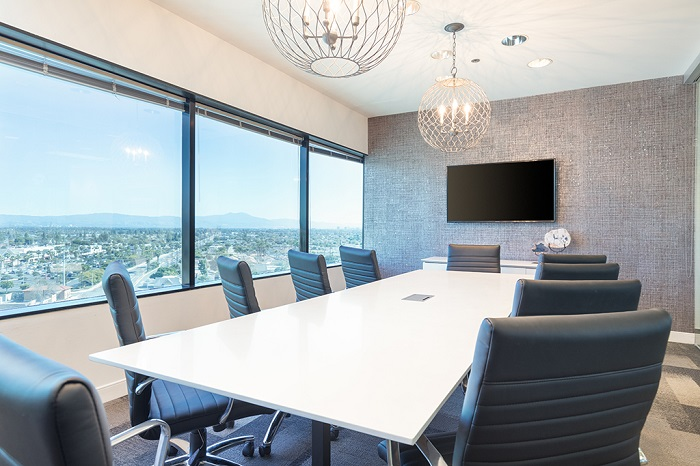 Premier Workspaces Meeting Rooms Huntington Beach | CloudVO
