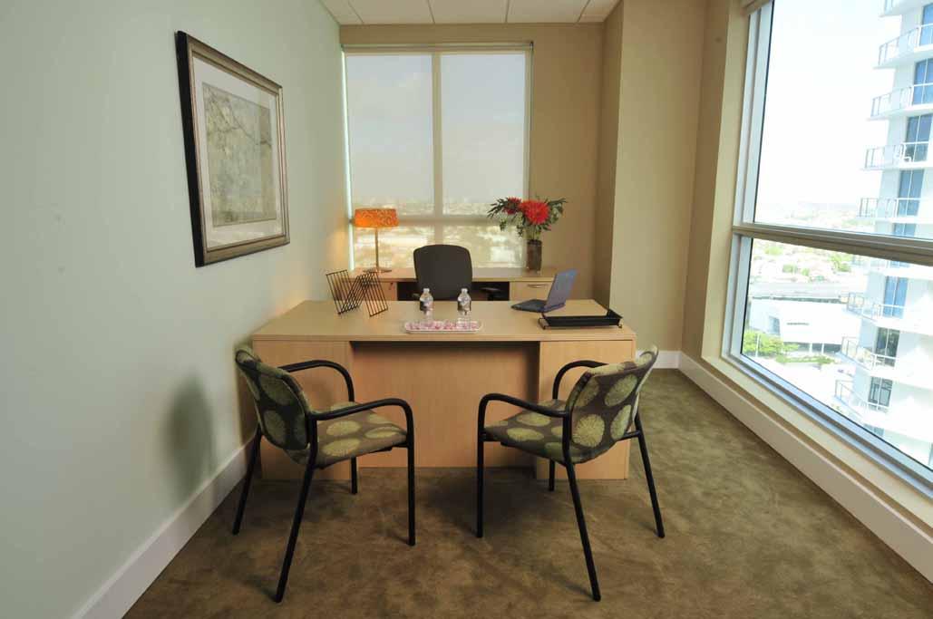 Miami Virtual Office Plans Latitude One Guest Office | CloudVO