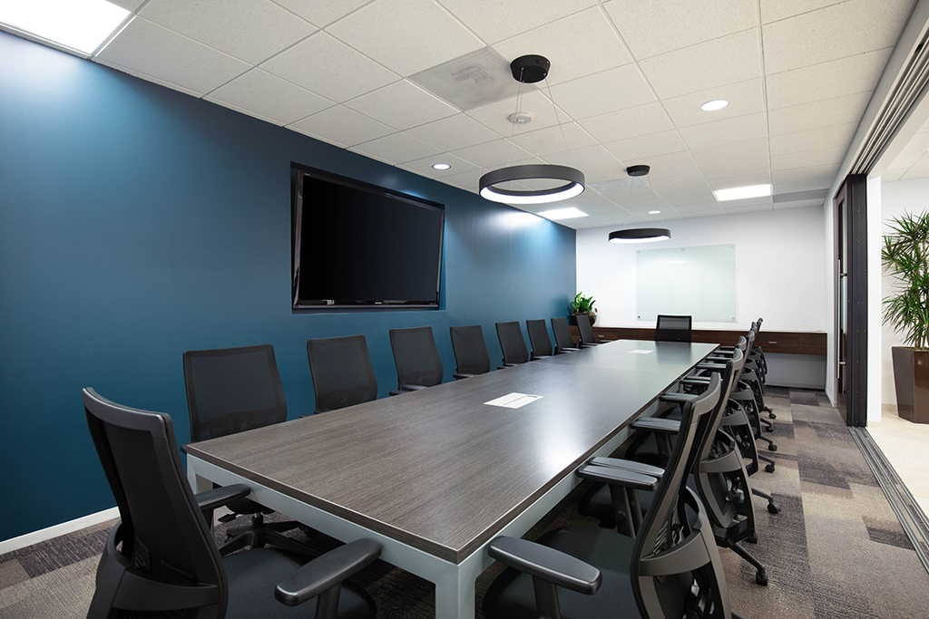 Premier Workspaces America Plaza San Diego Meeting Rooms | CloudVO City Guide
