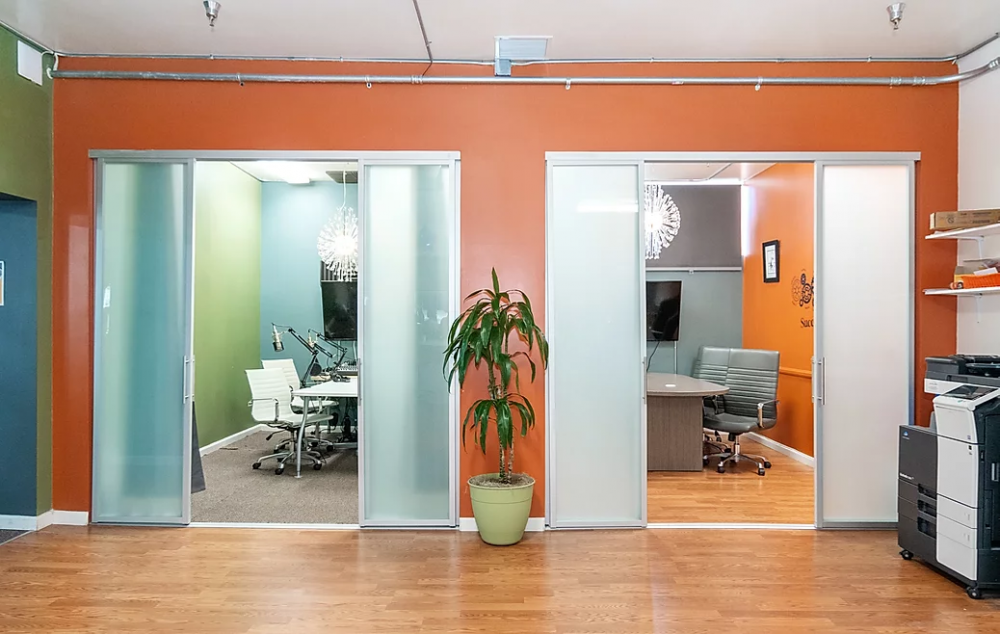 U-gather Cowork San Diego Meeting Rooms | CloudVO City Guide