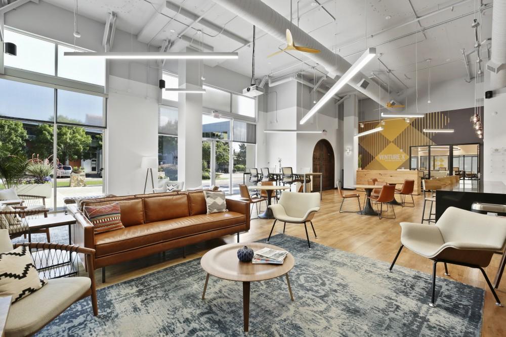 Dallas Coworking Space Venture X Lounge | CloudVO